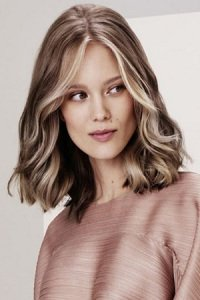 Mid-length hairstyles at top hairdressers in Essex - Hoop Hair Salon